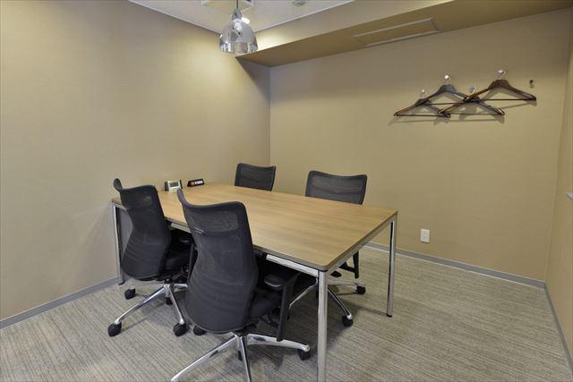 4~5人用会議室