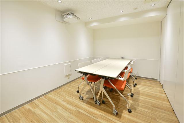 スクール用会議室